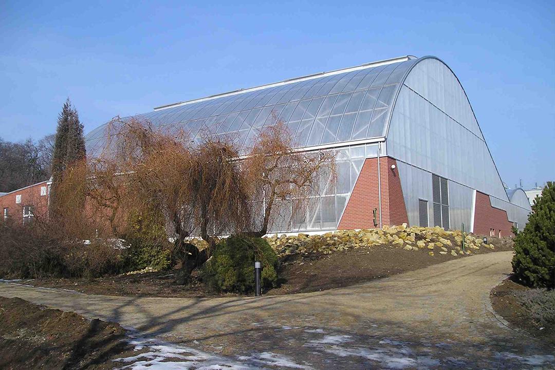 polycarbonate building system
